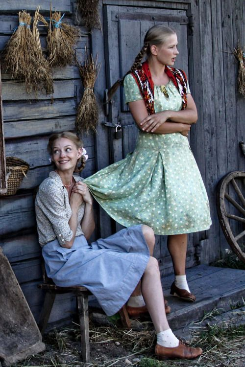 storiesoftherevolution:  Russian actresses Svetlana Khodchenkova and Yulia Peresild on the set of the 2011 film Pyat Nevest (Five Brides)
