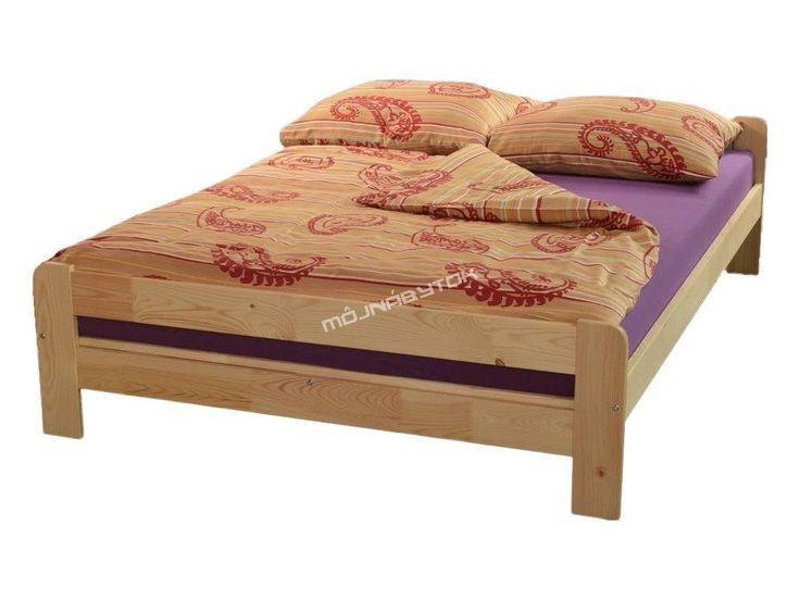Krásna posteľ Wirgo vyrobená z kvalitného borovicového masívneho dreva.