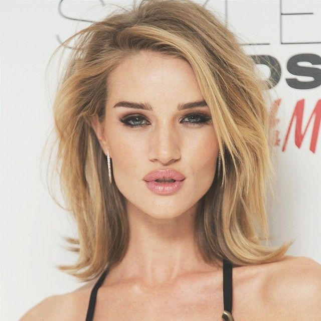 sholder lenght hair styles quit stay smokey make up rosie huntington 7919