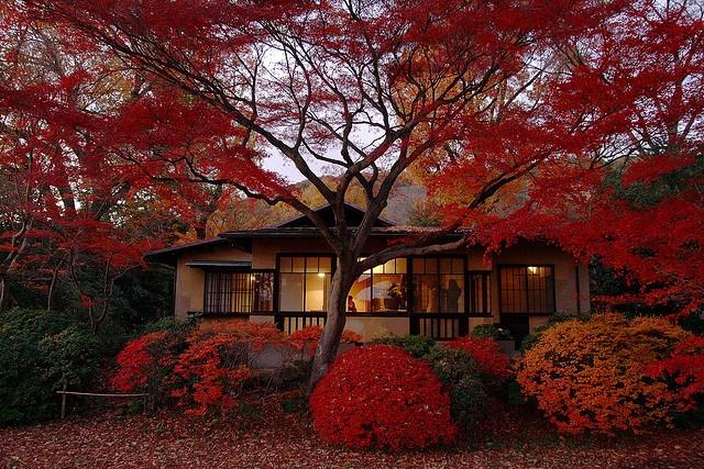 聴竹居 by toyosakihiroki, via Flickr