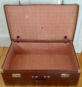 Antiquité. Collection. Valise ancienne Grand format