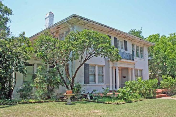 1920 Colonial Revival - Mineral Wells, TX - $140,000 - Old House Dreams