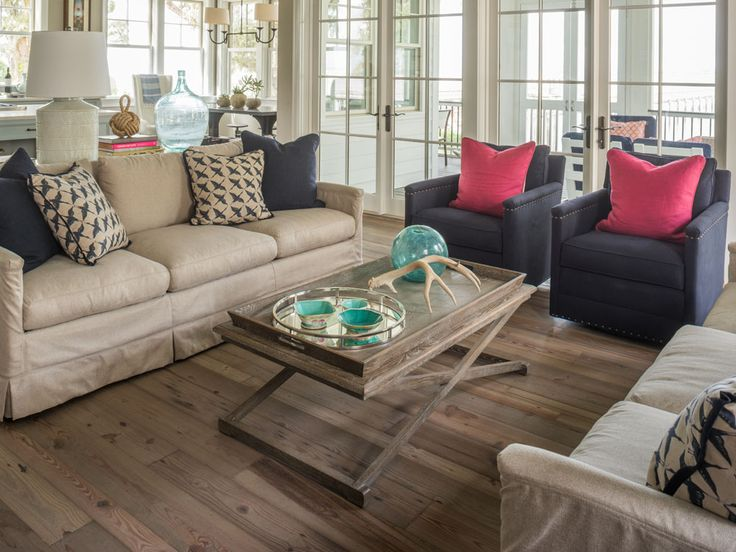 MONDAVI'S CHOICE RECLAIMED & ANTIQUE HEART PINE This floor combines warmth and richness with a cool, refreshing feel. Custom color created with Rob & Lydia Mondavi Jr for their home in Beaufort, SC.