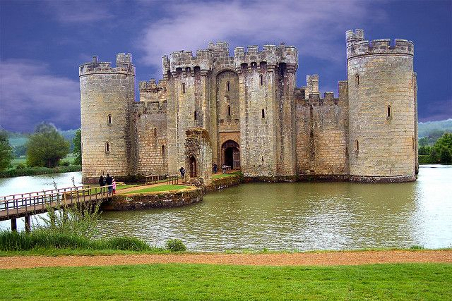 Bodiam Castle, UK. Gorgeous 14th century castle in East Sussex