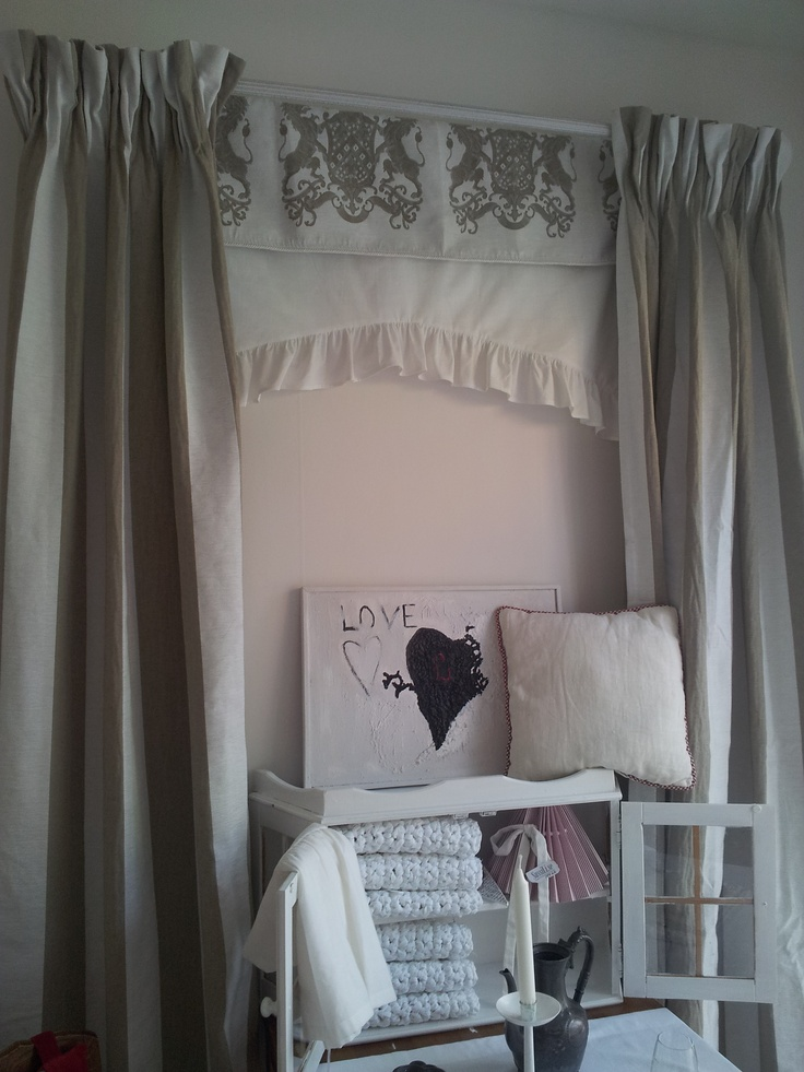 curtains, pillows ...  http://sussili.se/category.html/atelje-sydda-gardiner