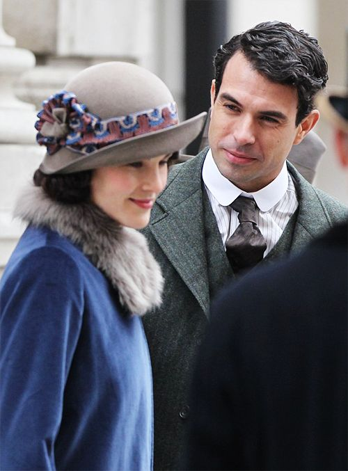 Lady Mary series 5 of Downton Abbey