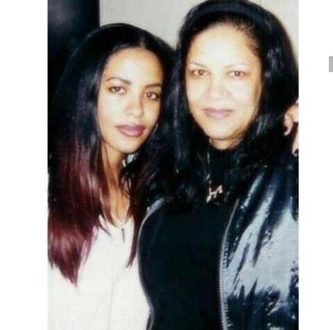 Aaliyah and her mom Diane