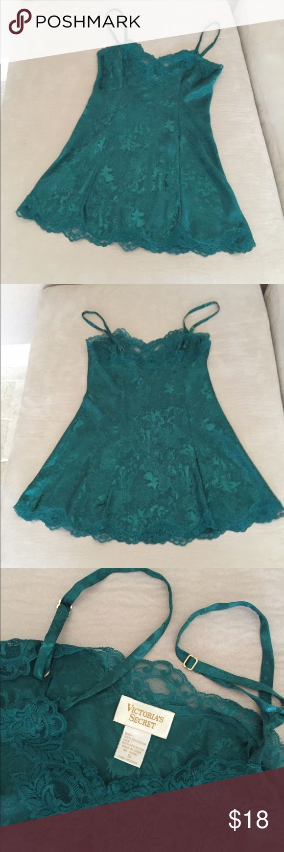"""Victoria's Secret Satin Nightie Victoria's Secret Satin Nightie. Size S. Embossed emerald green satin with lace trim on top and bottom hem. Adjustable straps. 22 """" from underarm to bottom of hem. ** This matches the Emerald green satin robe I have listed In my closet. Ask about a bundle price! EXCELLENT CONDITION!! No trades Victoria's Secret Intimates & Sleepwear Pajamas"""