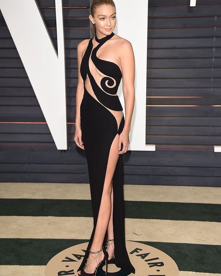 55 best Versace images on Pinterest | Evening gowns, Gown dress and ...