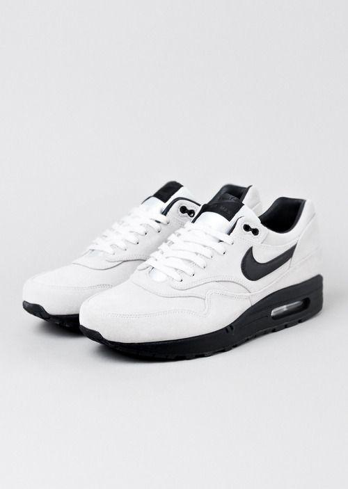 Black & White Classic Nike Air Max's