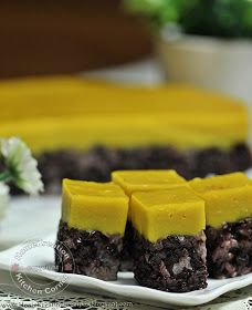 Serimuka Labu Pulut Hitam (Steamed Black Glutinous with Pumpkin Topping)