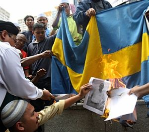 Sweden Protects Migrant Rapists, Won't Deport Them For Raping Boy By Laura Loomer - on December 31, 2016   … Sweden will not deport five Afghan teenagers who gang-raped and beat a boy in Sweden because Afghanistan is 'too dangerous'. Meanwhile, Sweden has no problem creating a dangerous environment for the people who live there by importing violent migrants.