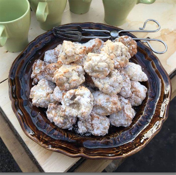 Underbart sega kakor med hasselnötter och mandelsmak. En riktig favoritrecept!