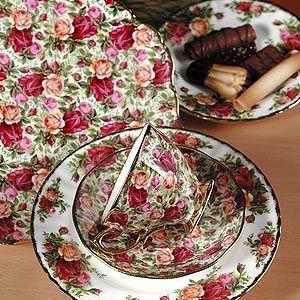 Royal Albert China - Old Country Roses - Rose Chintz