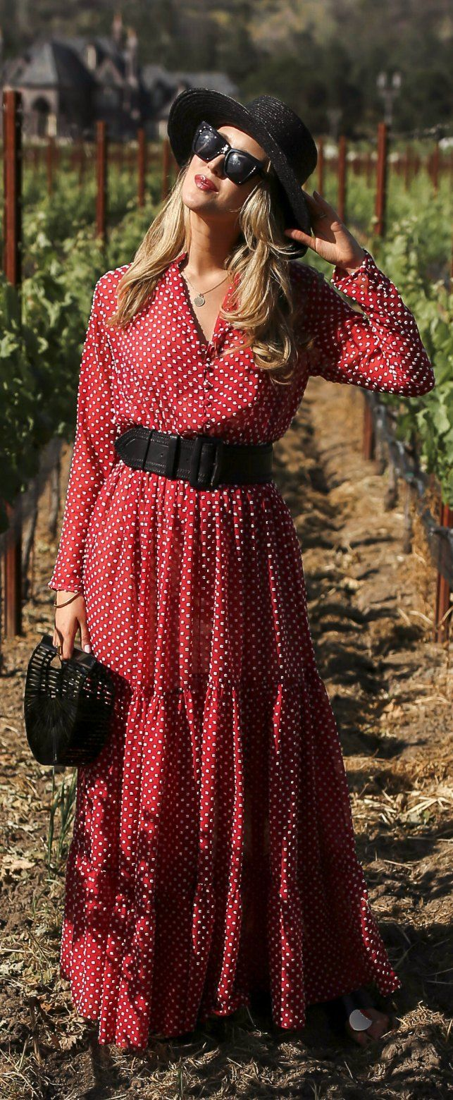 30 Dresses In 30 Days Day 21 What To Wear Wine Tasting Red Polka Dot Long Sleeve Flowy Maxi Dress With Black T Long Sleeve Flowy Maxi Dress Fashion Style