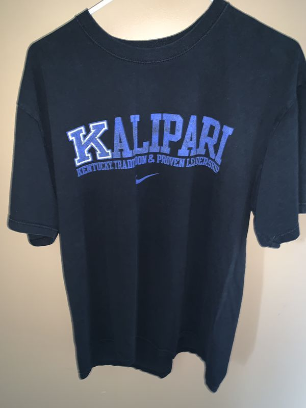 Vintage University of Kentucky Nike shirt SIZE L for Sale in