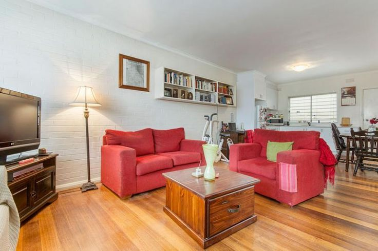 3/16 - 18 west fyans street newtown VIC 3220