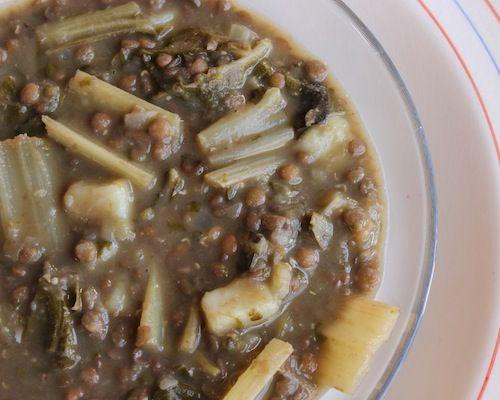 Soupe libanaise de lentilles et bette à carde au citron.