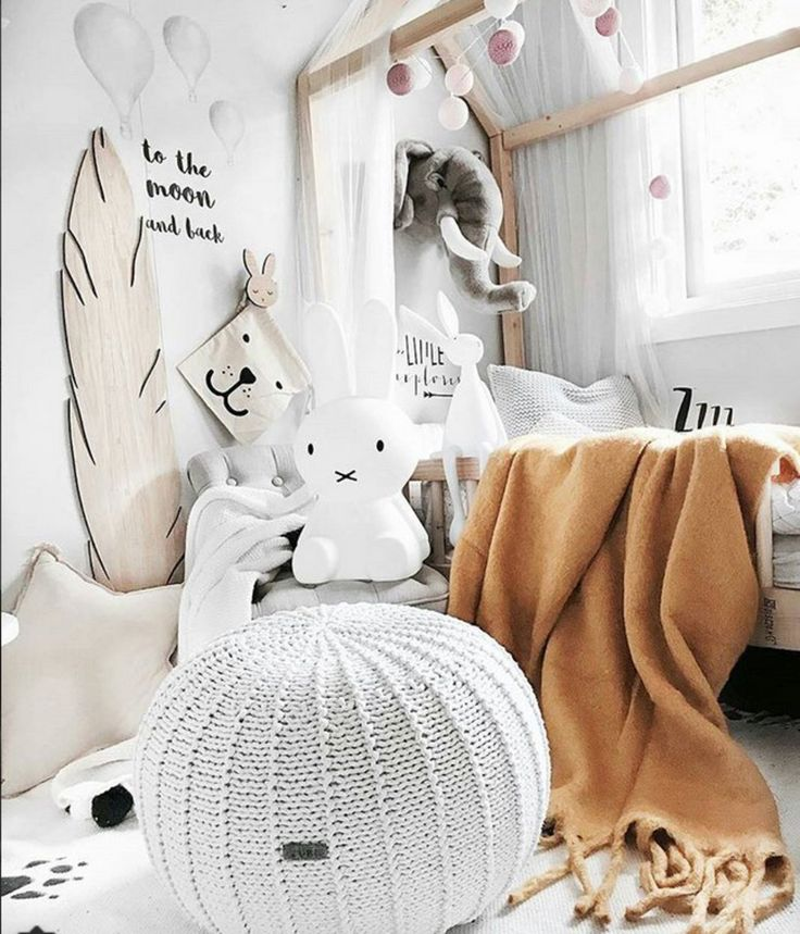 Good morning to you all! Wer'e starting the week with a cosy kid's room full of interesting details - The white pouffe and the animal trophy can be found in the LITTLE LAMB @lambinspiration webshop Styling by @mamma.karita #kidsinteriors_com - - - #kidsinteriors #kidsinterior #kidsroom #childrensroom #kidsdecor #decorforkids #kidsroomdecor #pouffe #kidsroominspo #animal #walltrophy #kidsinspo #kidsconceptstore #kinderkamer #kinderzimmer #barnrum #barnerom #chambreenfant #housebed