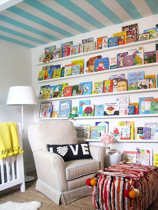 The perfect reading corner: Books Display, Kids Books, Books Shelves, Child Rooms, Books Wall, Baby Rooms, Children Books, Books Storage, Kids Rooms