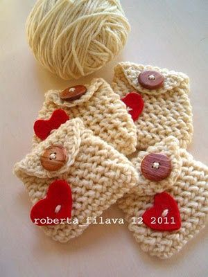 "Worthy of a repin! You will want this pattern when you get down to those last few days of Christmas and start gasping for air because you missed Aunt Mildred on your Christmas list (and she probably didn't miss you) Small crochet bags with valentine buttons. I thought it would be really sweet to enclose a tiny slip of Vellum that conveyed a special message: ""Have Faith"", ""There's always Hope"", ""I ♥ you"" ....you get the idea. ¯\_(ツ)_/¯."