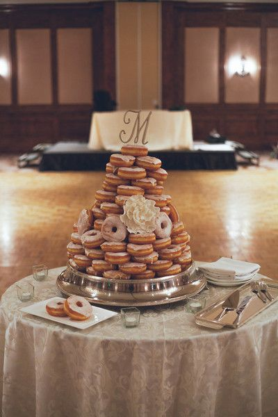 16 Delicious Wedding Donut Display Ideas: Glazed donut wedding cake {Brittany Michelle Photographer}