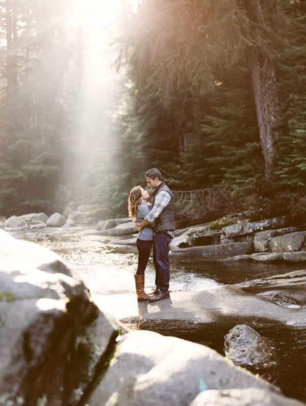 Snowy Mountainside Engagement, Seattle // Carina Skrobecki Photography