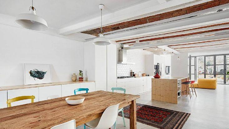 Una casa estrecha y oscura: The Hall Studio trajo la luz. - diariodesign.com