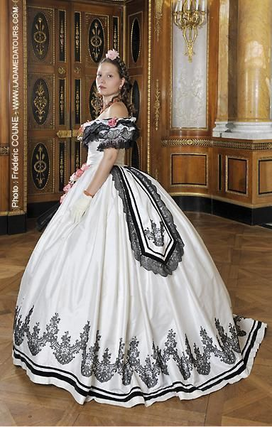 Ballgown-1860's gown done right!!