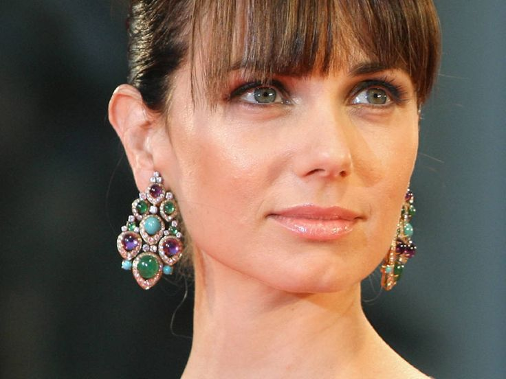 Top 50 Hottest Jewish Women of 2013 (30-21) - Mia Kirshner