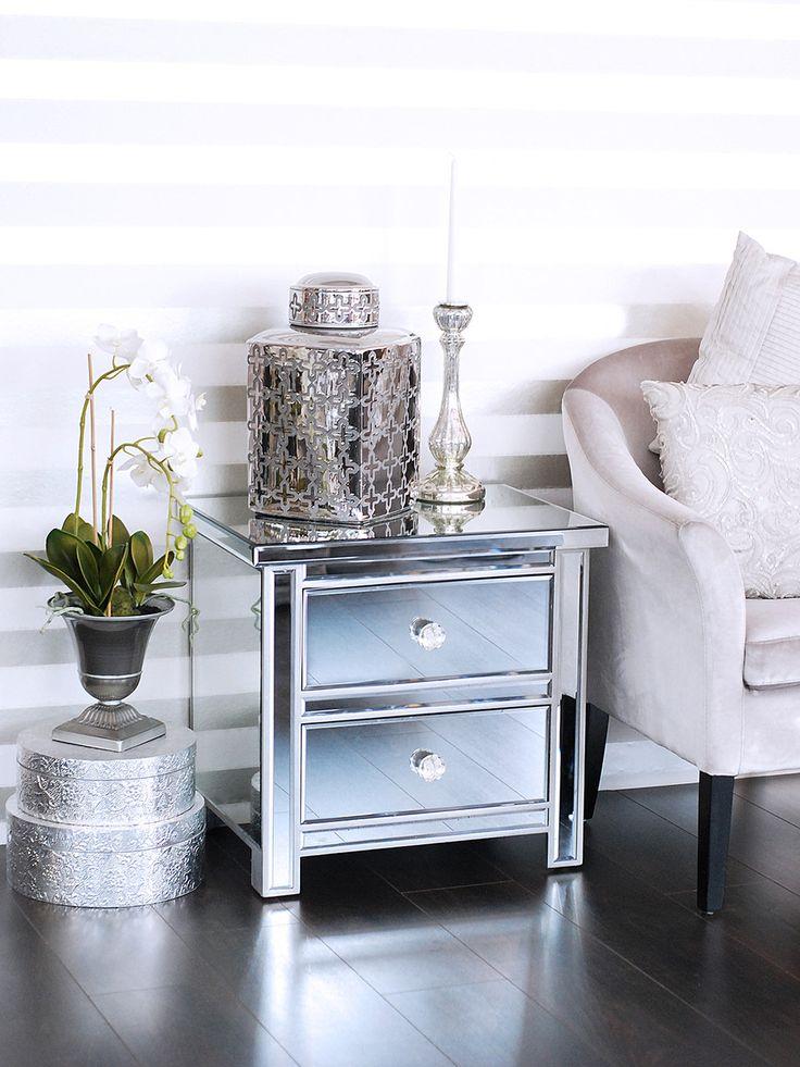verspiegeltes Nachtkästchen mit zwei Laden, silber - Pure Velvet Interior Möbel Online