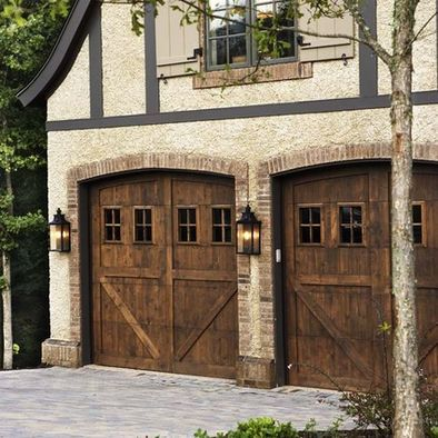 Love these garage doors