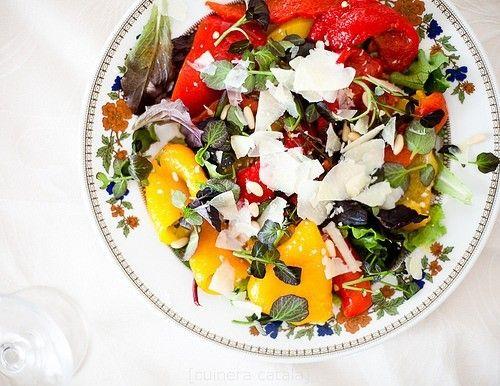 Салат с маринованым перцем и пекорино (Оттоленги)