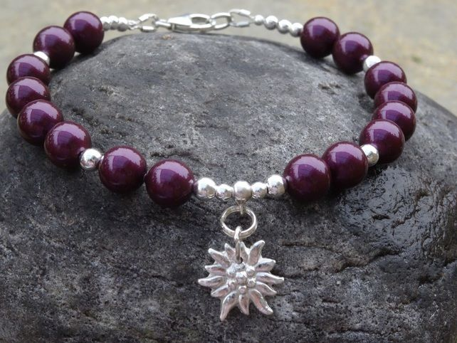Swarovski Pearl Bracelet with handmade fine silver Flower Charm £21.50 #networkingfairies  #fabulousfbpages  #bobsplace