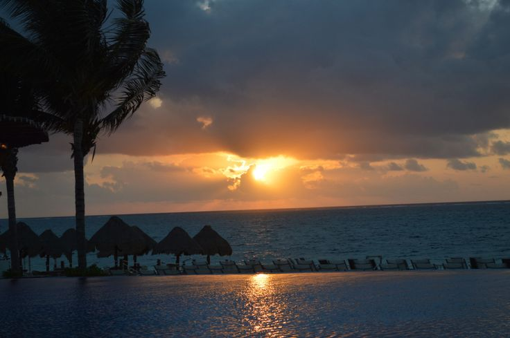 Sun rise in Mexico