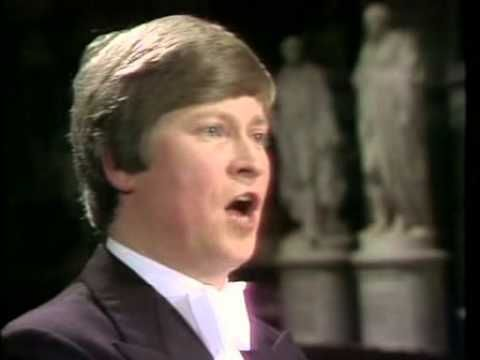 Handel Messiah Christopher Hogwood Academy of Ancient Music BBC 1982 Kirkby - YouTube