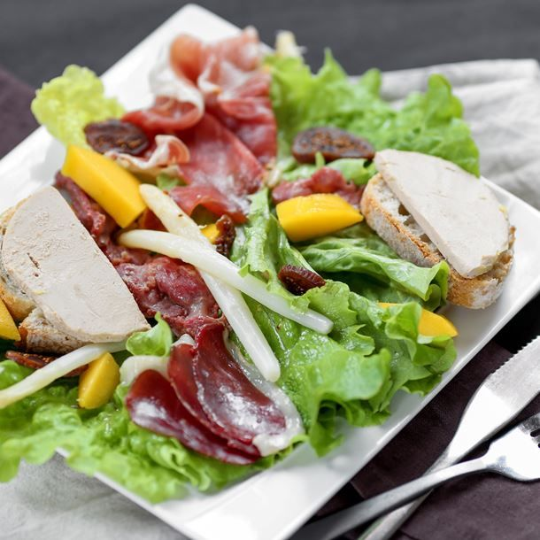 Les 25 meilleures id es de la cat gorie salade landaise - Comment cuisiner des manchons de canard ...