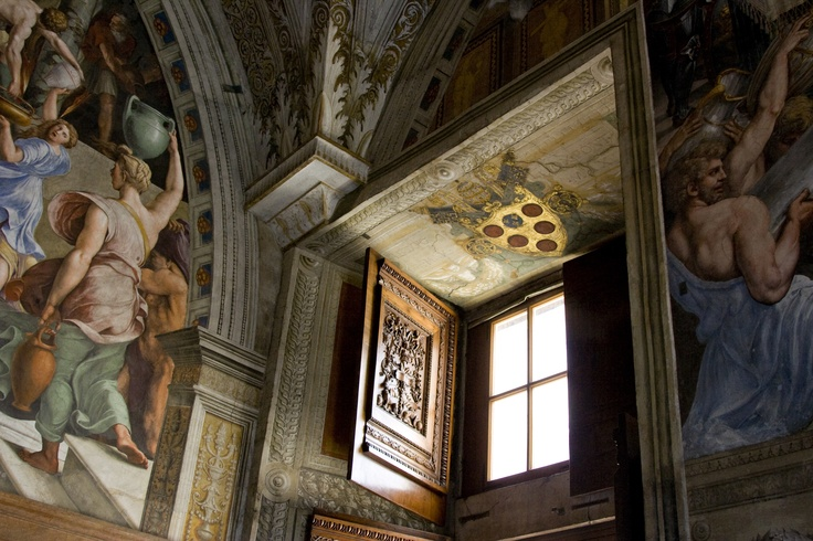 On the way to Sistine Chapel, Vatican.