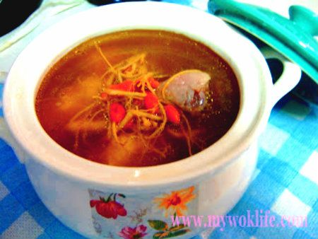 We liked to drink soup. Westerners liked creamy soup, Asians liked herbal soup. Singaporeans liked both the creamy soup e.g. Cream of mushroom and herbal soup e.g. Ginseng Chicken soup. In Singapor…