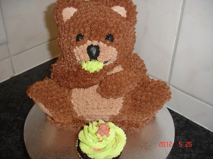 Teddy bear 3D cake