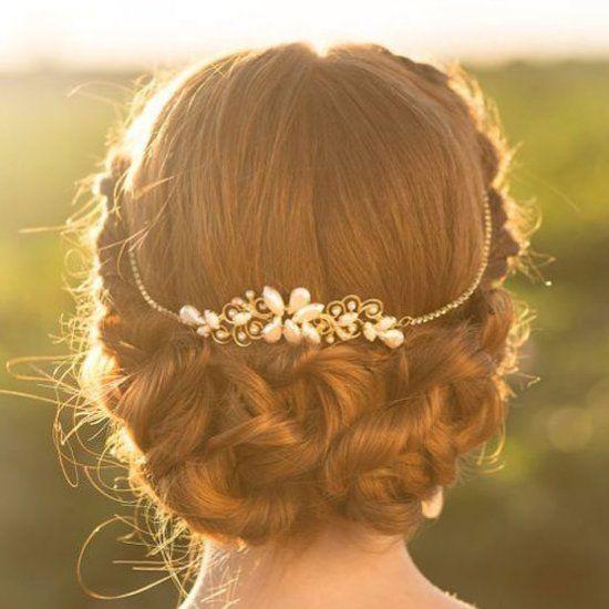 20 Gorgeous Wedding Hairstyles (Image via Aya Jewelry)                                                                                                                                                                                 More