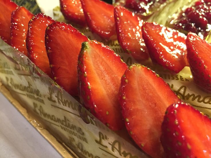 Strawberry chesse cake at lamandine patisserie