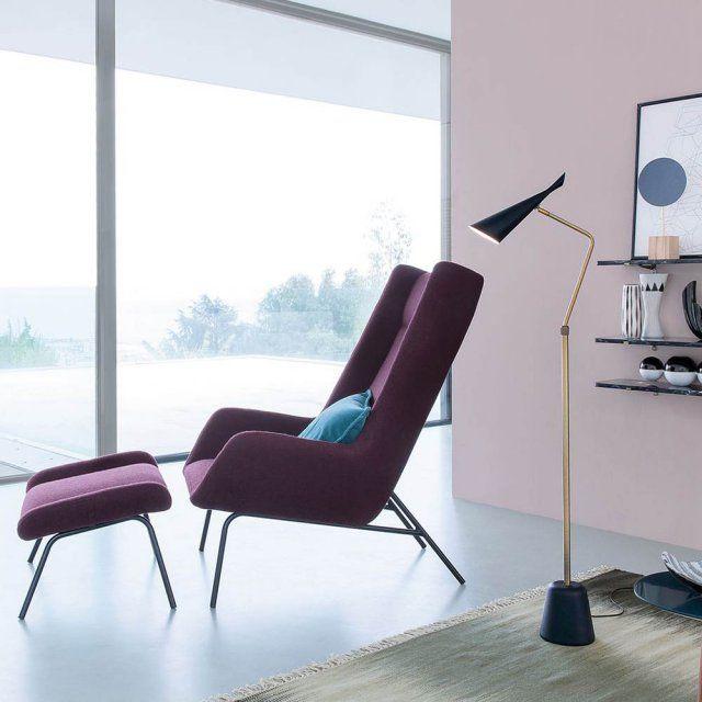 """Un fauteuil haut élégant avec repose-pied, La Redoute Intérieurs. Fauteuil avec repose-pied """"Munnar"""" dans lequel on hâte de se lover, grâce à sa jolie couleur violette et ses matières chaudes."""