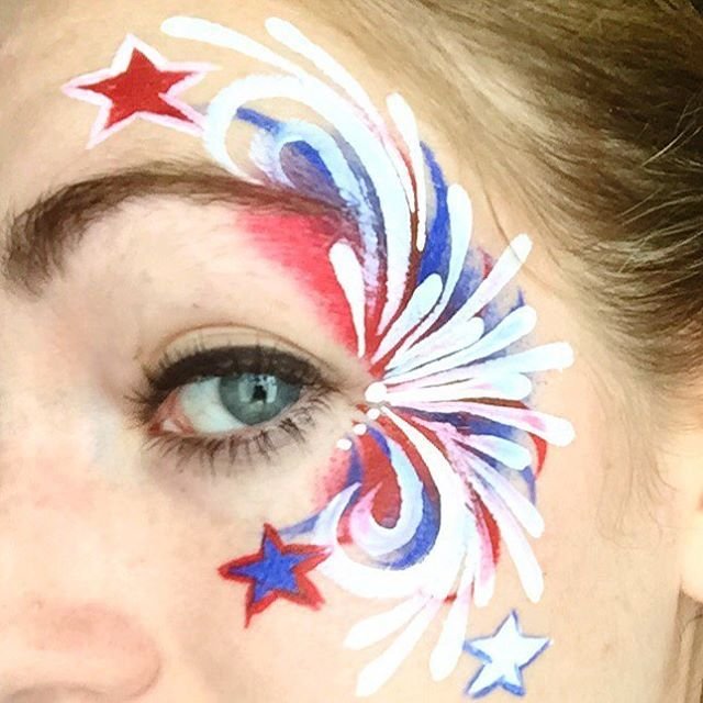 Here's a close up of my Fourth of July face paint I forgot to post up! ❤️
