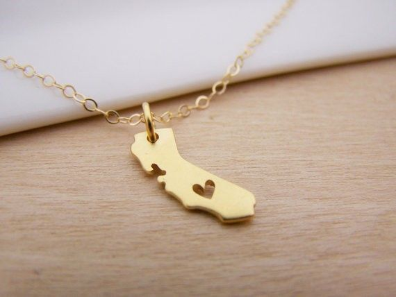 Like and Share if you want this  Golden California Necklace With Heart & Long Chain     Tag a friend who would love this!     FREE Shipping Worldwide     Buy one here---> https://uchik.com/golden-california-necklace-with-heart-long-chain/