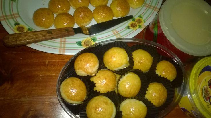 Nastangel, pineapple and cheddar tart
