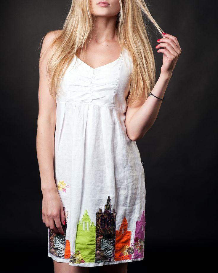 #whitedresses #linendresses #summerdresses #saledresses #housesdresses #beautydresses