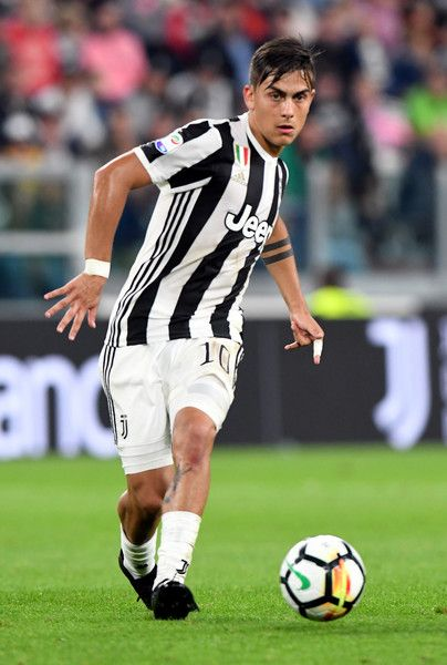 Paulo Exequiel Dybala of Juventus in action during the Serie A match between Juventus and Torino FC on September 23, 2017 in Turin, Italy.