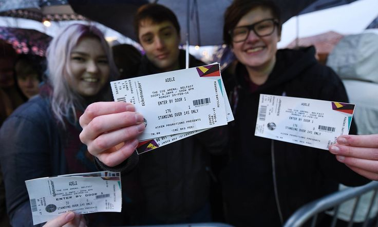 Internet security experts urge music and sports fans not to post photos of their tickets on Facebook and Twitter