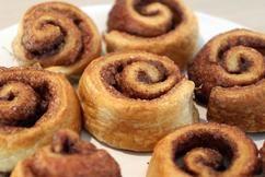 Dit recept voor kaneel-suiker sweet rolls is super makkelijk en met deze 4 ingre…